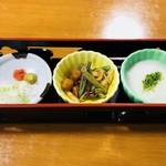 夢乃風 - とろろ 山菜 紅葉おろしと山葵と葱