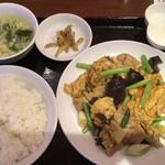 Keien - 「玉子、野菜と豚肉炒め定食」750円
