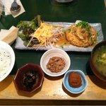 9206735 - おぼろ豆腐のハンバーグ定食 880円