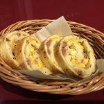 グスタヴォ - 自家製パン