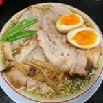 92077850 - 柔らかバラ肉そば(煮卵入り)