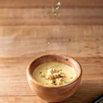 100本のスプーン - 素材を味わうとうもろこしのスープ