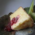 八森イソラ - デザート(クリームチーズのシフォンケーキ)