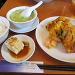 慶和楼 - 蝦仁炒蛋(芝エビと玉子炒め)セット