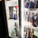 東山 吉寿 - 日本酒の他ワインなども充実('18.9月上旬の昼)
