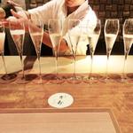 東山 吉寿 - 祝福のグラス('18.9月上旬の昼)