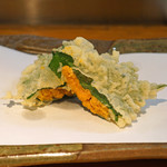 石臼挽き手打 蕎楽亭 - 生雲丹の大葉巻の天ぷら