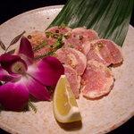 焼肉 道海山 - 錦鶏塩焼