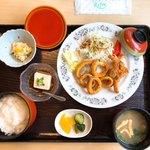 宮さん - 料理写真:昼定食(800円税込み)イカのから揚げ