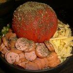 ゆうき家 - 創作もんじゃ。丸ごとトマトの「イタリアンもんじゃ」1,029円
