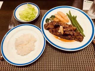 ル・モンド 新宿店 - サーロインステーキ定食(1,160円)
