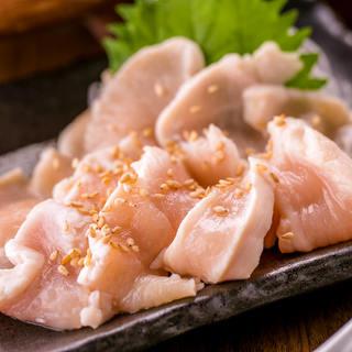 国産地鶏のお刺身など新鮮な地鶏料理