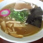 大判食堂 - 料理写真:醤油ラーメン 600円