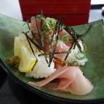潮岬観光タワー - マグロのお寿司。