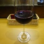 92115928 - ワインで優雅なランチを