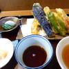 Ajigoyomi - 料理写真:天ぷら付きのお蕎麦をお願いしました 850円