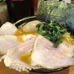92120263 - 中盛チャーシュー麺950円                       2黄卵味玉 100円