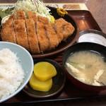 とんかつ かん田 - 料理写真:ジャンボかつ定食