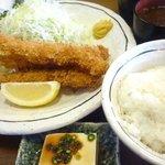 金光軒 - 料理写真:Eランチ(海老フライ3尾)+大盛ご飯+味噌汁+奴+ドリンク980円