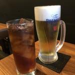 春吉酒亭 一歩 - 主人は「ビール(550円)」、私は「ウーロン茶(350円)」を。
