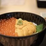 函館うに むらかみ - 生雲丹とイクラ丼3780円