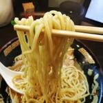 ふうふう亭 - パワフルな中太ドストレート麺