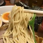 92167549 - 2018.8.21  東京駅 醤油 中華そば〜麺