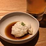 和食・酒 えん - 突き出しは山芋豆腐