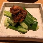 和食・酒 えん - 海老味噌もろきゅう580円。