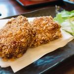 郷土料理 五志喜 - じゃこかつ じゃこ天にパン粉をまぶして揚げたもの ミミィはじゃこ天そのものより、この揚げタイプが好き♡