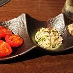 炭火焼肉 ふちおか - トマトキムチ シロセンマイ ナムル