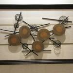 焼鳥 瀬尾 - アートワーク「松杭の記憶」