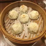 南翔饅頭店 - 3種の小籠包