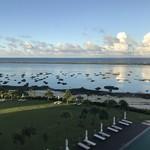 レストラン 凪 - 早朝の部屋から望むシンリ浜