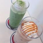 カフェまる - 抹茶フラッペ•キャラメルフラッペ 各400円