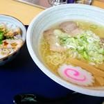 極塩ラーメン鬼生田 - 塩ラーメンとチャーシュー丼
