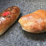 中井パン店 - 焼きそばパン  150円 ポテチパン  130円