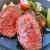 モンド - 料理写真:エゾ鹿の薪焼き。薪の水分によりしっとりジューシーに焼き上がります。低カロリー高タンパクの赤身、栄養価の高いエゾ鹿肉ステーキは食べる価値あり