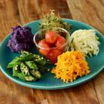 辺銀食堂 - 島野菜の盛合せ(6種)