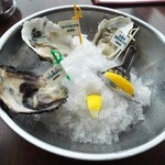 Oyster Bar ジャックポット - 生牡蠣3種盛