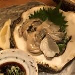 92208042 - 大きな岩牡蠣