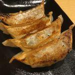 鶏そば一休 - 餃子ハーフ