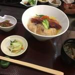 92209800 - 海鮮丼(並)