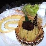 グルマンヴィタル - ケーキもたくさんあります