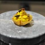 祇園 呂色 - カルダモンを効かせたカボチャのエスプーマ。マスカルポーネのムースを敷いて。