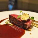祇園 呂色 - 家内のメインは三河産の牛肉。