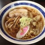 恵比寿 - 料理写真:ワンタンメン(しょう油)