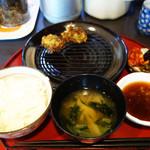天ぷら まつお - 天ぷらは順次揚げたてが供されます。