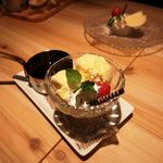 和牛炙り寿司×チーズ料理 肉バルミート吉田 - アフォガード