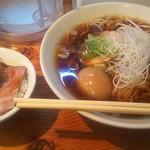 92232071 - チャーシュー麺&ミニチャーシュー丼の〈談志〉